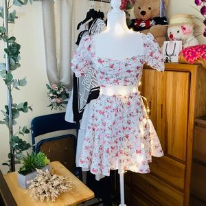 🌸 🌺 ditsy floral top and skirt set 🌹